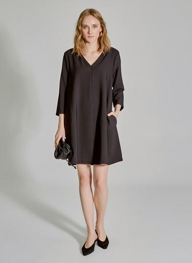 People By Fabrika Fermuar Detaylı Rahat Kesim Elbise Siyah